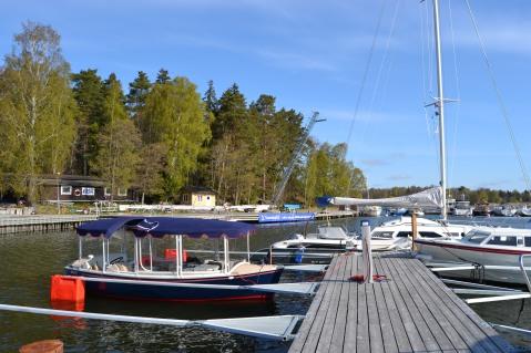 båtcharter 10 passagerare